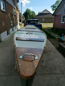 Flat back canoe for sale or trade. No leaks!!