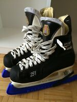 CCM SPORT Tack's IS Size 9