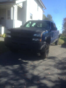 2004 Chevrolet Silverado 2500 work truck 2wd towing package