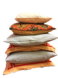 6 Home decore/accent pillows for $60 only and patio set for $50
