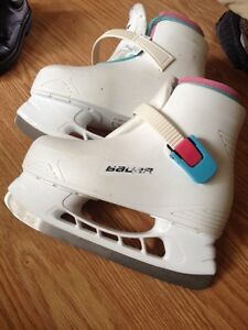 Bauer Girl's Youth skates Size 12/13
