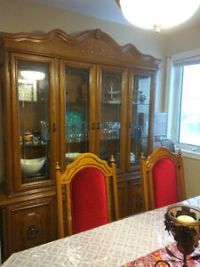 Dining Table with 6 Chairs, buffet and hutch