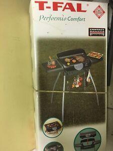 BBQ ELECTRIQUE T-FAL  COMPLET POUR APPARTEMENT CAMPING
