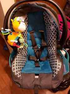 Infant car seat with matching stroller Windsor Region Ontario image 1