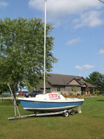 DS16 SAILBOAT with 5HP Merc and trailer