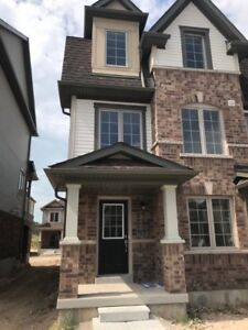 Furnished Brand New Town House for lease Cambridge/Conestoga