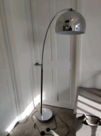 Heavy base floor lamp