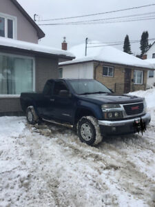 2004 GMC Canyon SLE Z71 Pickup Truck