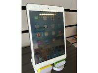 Apple iPad mini 2 16gb silver . Usual wear and tear other wise good condition