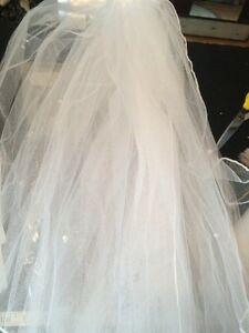 Veil white 7.5 feet long. New!