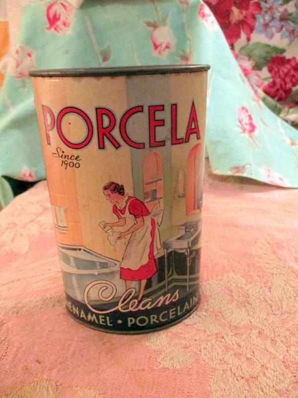 RARE ANTIQUE ADVERTISING 1937 PORCELA ENAMEL PORCELAIN CLEANER TIN 9+