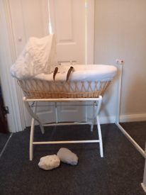 Hard Wicker Moses Basket and Baby Bath