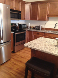 Townhouse, Senior 55+yrs, First month free. Available Dec 1st.