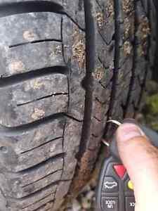 Volvo S80 T6 Twin Turbo, 199k, loaded, new tires Regina Regina Area image 8
