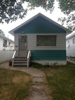 Affordable 2 bedroom house in great area!!!!!