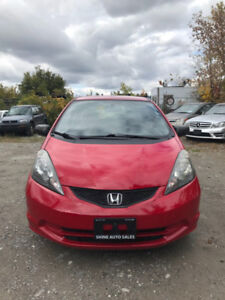 2009 HONDA FIT VERY LOW KM...........