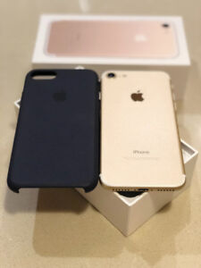 SOLD! iPhone 7 - Gold - 32GB