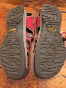 Women's Keen sandals size 11 excellent condition  Kitchener / Waterloo Kitchener Area image 2