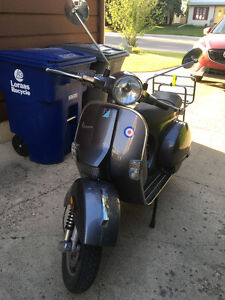Excellent Vespa PX 150 with ultra low km!