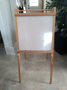 REDUCED  Kids Easel