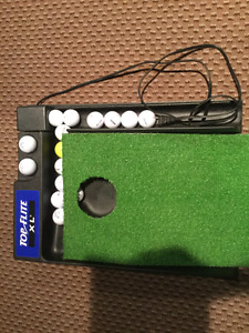 Electric Top Flite XLPutting Golf Mat: Improve your putting game