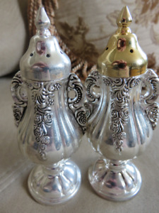 Vintage Salt  Pepper Shakers Collectible,Home Decor,Silver Plate