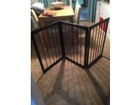 Dog Gate/ Safety Gate / Folding Gate