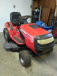 14.5 hp 2001 Jonsered Lawn Tractor