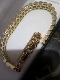 Gold filled luxury sparkle bracelet new