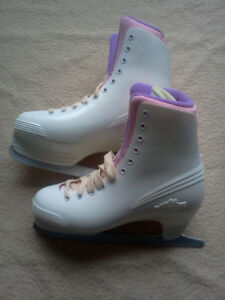 Ladies  Lake Placid Ice Skates