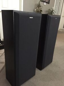 2 all black Sony speakers mint condition