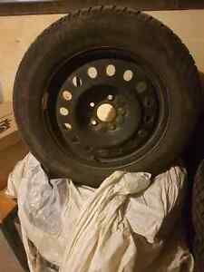 4 winter tires with rim 400$$$$$ West Island Greater Montréal image 1