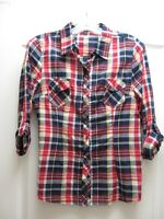 TEENS / LADIES - FALL CLOTHING - CLEAN - GREAT PRICES !!