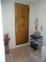 Room for Rent in Aurora near Yonge Street