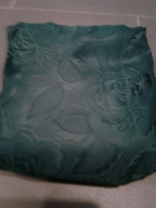 Brand New Dark Green Oval Table Cloth