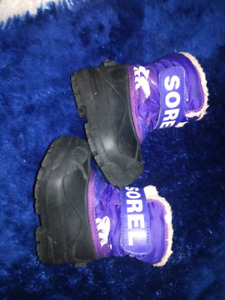 TODDLER GIRL BOOTS SIZE 4, 6 & 7