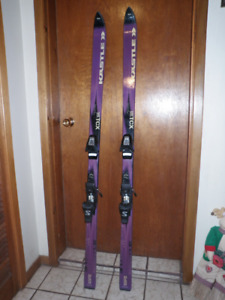 Downhill KASTLE Skis 170 cm with Bindings ds