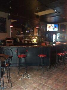 bar avec 4 machine video poker le seul bar a st gregoire
