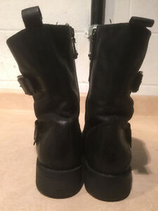 Women's Enzo Angiolini Leather Boots Size 8 London Ontario image 3