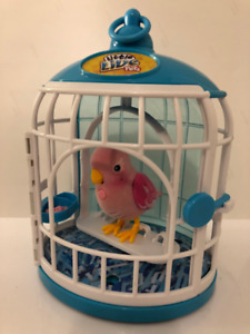 Little Live Pets Bird With Cage