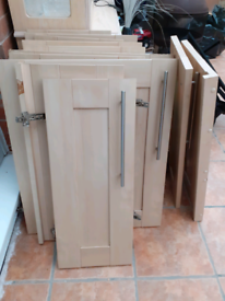 *FREE* Kitchen cupboard doors