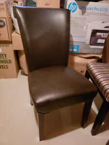 Many Chairs for sale, like new