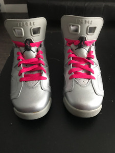 Air Jordan 6 Retro Girls Metallic Silver/Vivid Pink-Black 7 GS