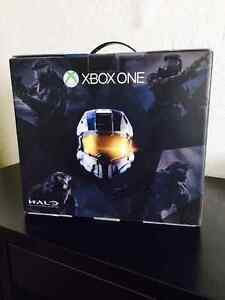 XBOX One Halo Bundle with Astro A40 Headset