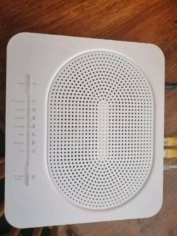 Technicolor TG589VAC version 2 Router  BARGAIN NOW £30 | in Middlesbrough,  North Yorkshire | Gumtree