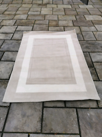 Laura Ashley 100% wool rug Beige &cream £75