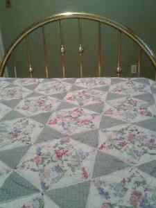 ***Beautiful Classic Brass Bed Frame-Queen Size*** Cambridge Kitchener Area image 4