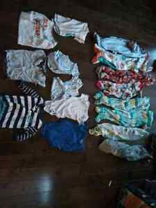 24 pieces of clothing infant - 18mths boys 30$ for the lot
