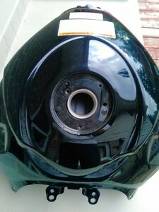 SUZUKI GSXR1000 BLACK GAS/FUEL TANK CLEAN INSIDE Windsor Region Ontario image 4