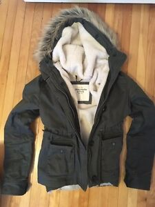 Abercrombie & Fitch Sherpa lined military green parka